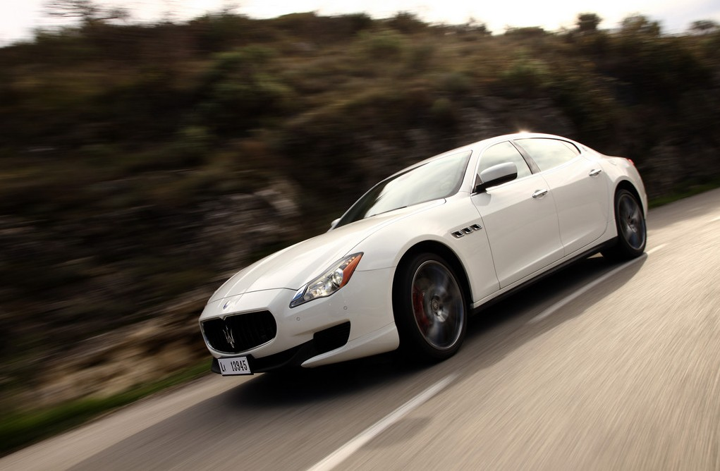 Azur Luxury Rent - Maserati Quattroporte